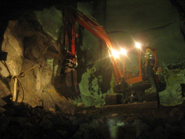 tunnel blast (5)
